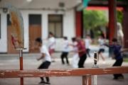 Armes et Tai chi dans la cour - Chenjiagou - Chine