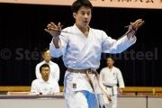 Le Sai et la main ouverte - Budokan Okinawa